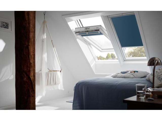 Рулонная штора на мансарду